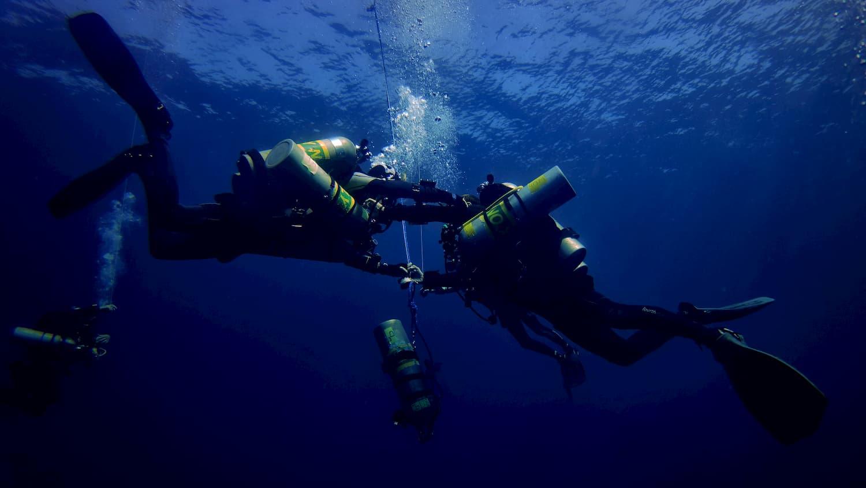 TDI Decompression Procedures Diver Course. Dive to 45 metres