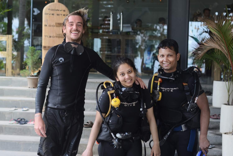 Children can enjoy an ocean dive to a maximum depth of 2 meters
