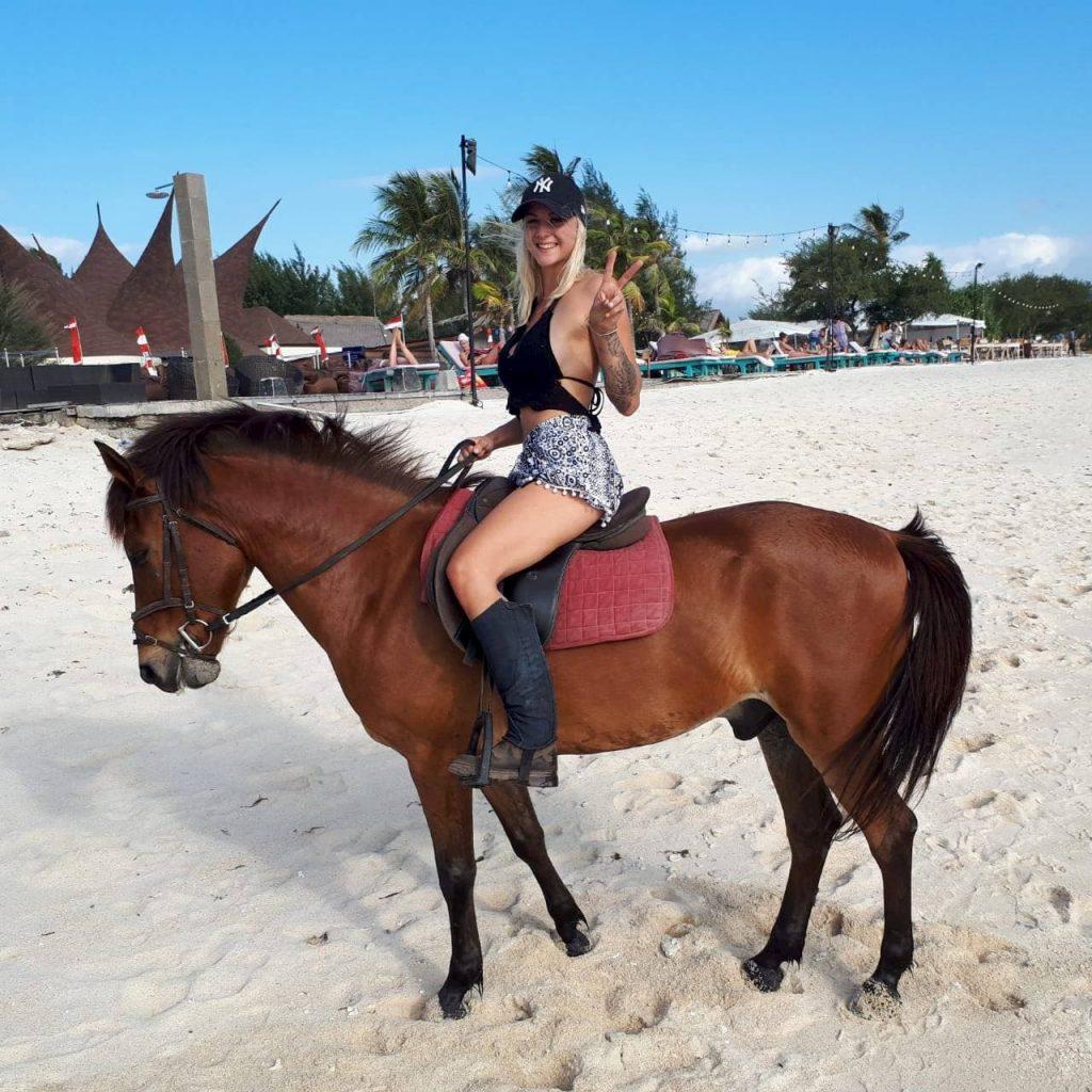 Sunset horse riding at Gili Trawangan with Stud horse riding adventures